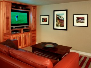 Entertainment - Bonnie Brae Basement | Cambridge Colorado